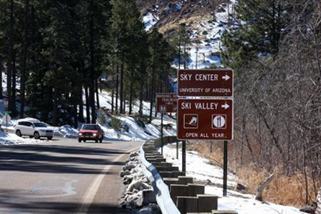 Picture of sky center sign at mount lemmon